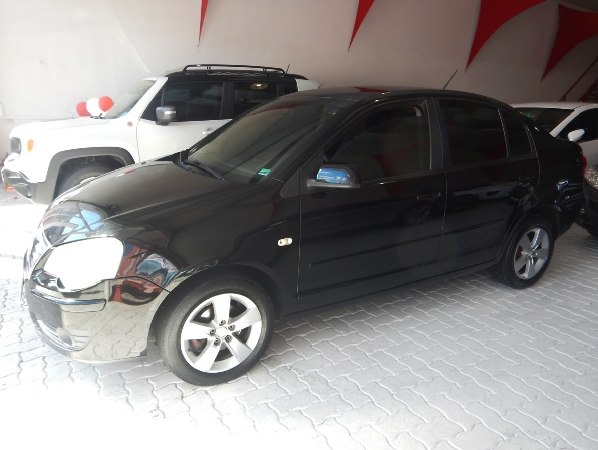 POLO SEDAN1.6 MI 8V FLEX 4P MANUAL
