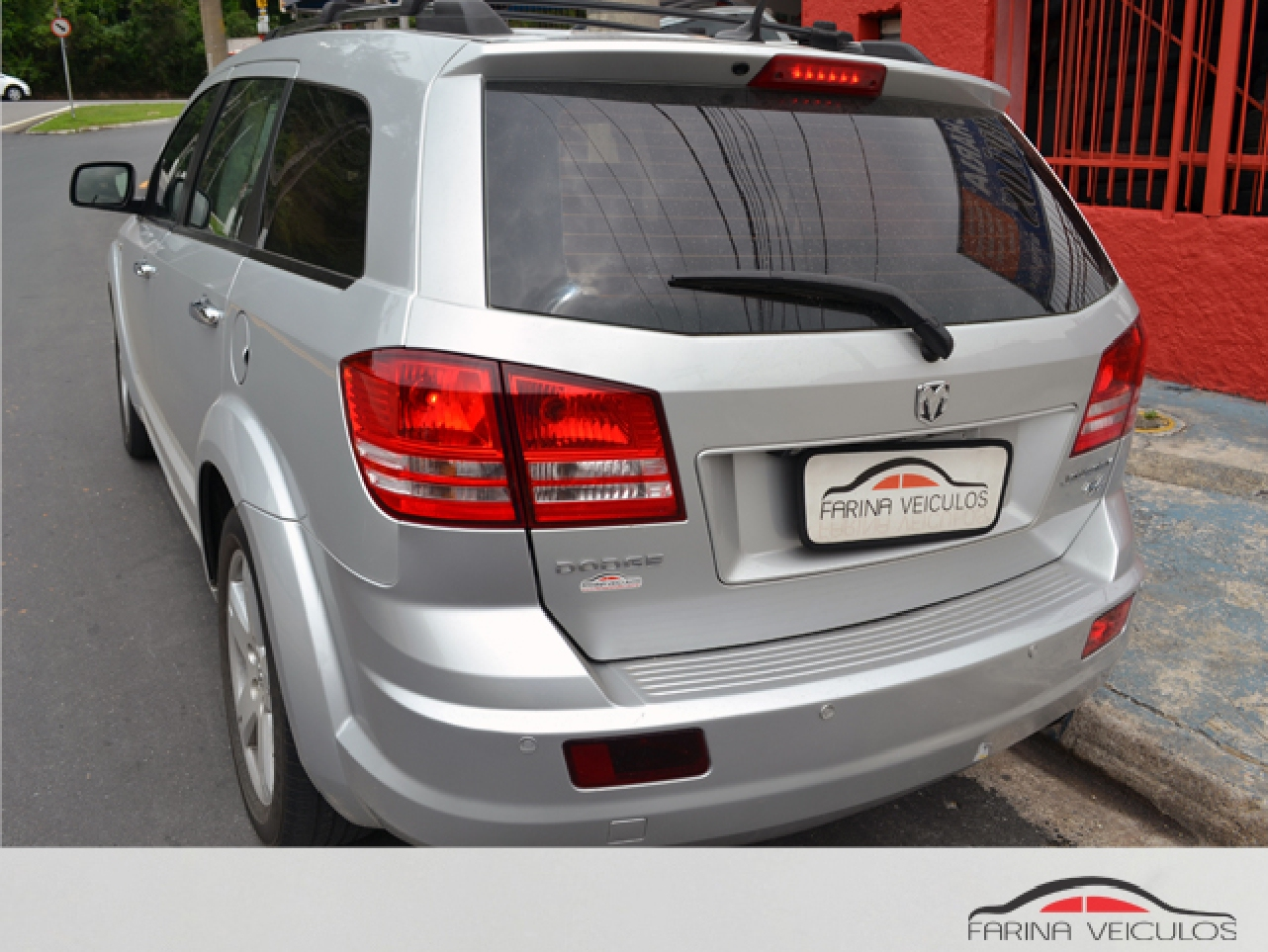 DODGE JOURNEY 2.7 RT V6 24V GASOLINA 4P AUTOMATICO