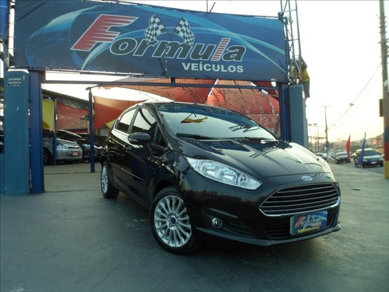 FORD FIESTA 1.6 TITANIUM HATCH 16V FLEX 4P MANUAL