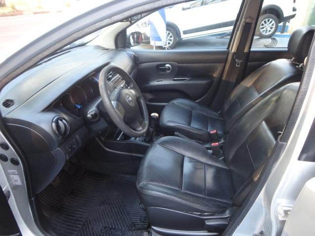 Nissan Livina 1.6 S 16v Flex 4p Manual