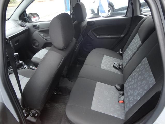Ford Fiesta 1.0 Rocam Se 8v Flex 4p Manual