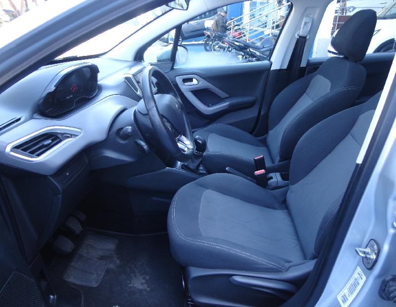Peugeot 208 1.2 Allure 12v Flex 4p Manual