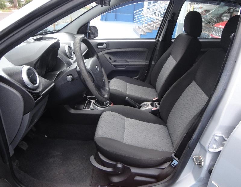 Ford Fiesta  Class  Kinetic  1.6 8v Flex